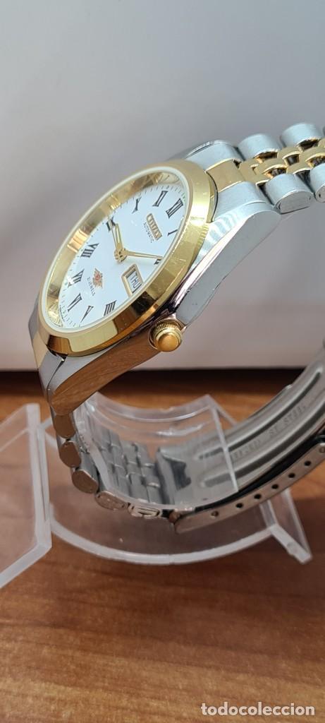 Relojes automáticos: Reloj (Vintage) CITIZEN automático acero bicolor, esfera blanca, doble calendario, correa original - Foto 12 - 284407063