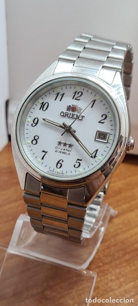 Relojes automáticos: Reloj (Vintage) ORIENT automático de acero, esfera blanca, calendario las tres, correa acero Orient - Foto 2 - 284411993
