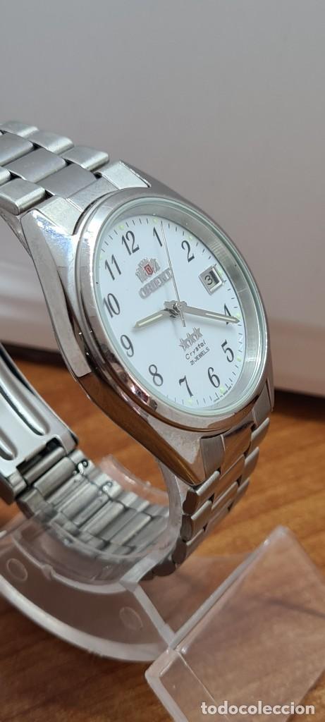 Relojes automáticos: Reloj (Vintage) ORIENT automático de acero, esfera blanca, calendario las tres, correa acero Orient - Foto 9 - 284411993