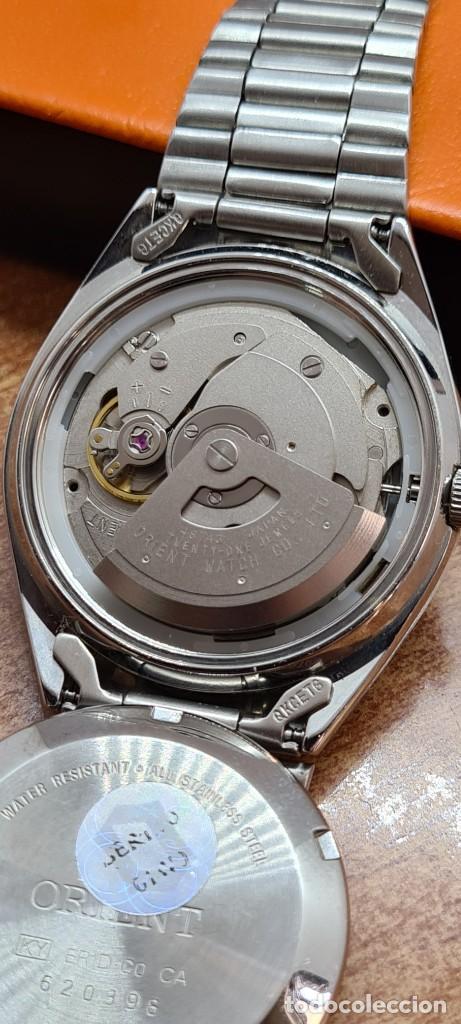 Relojes automáticos: Reloj (Vintage) ORIENT automático de acero, esfera blanca, calendario las tres, correa acero Orient - Foto 11 - 284411993