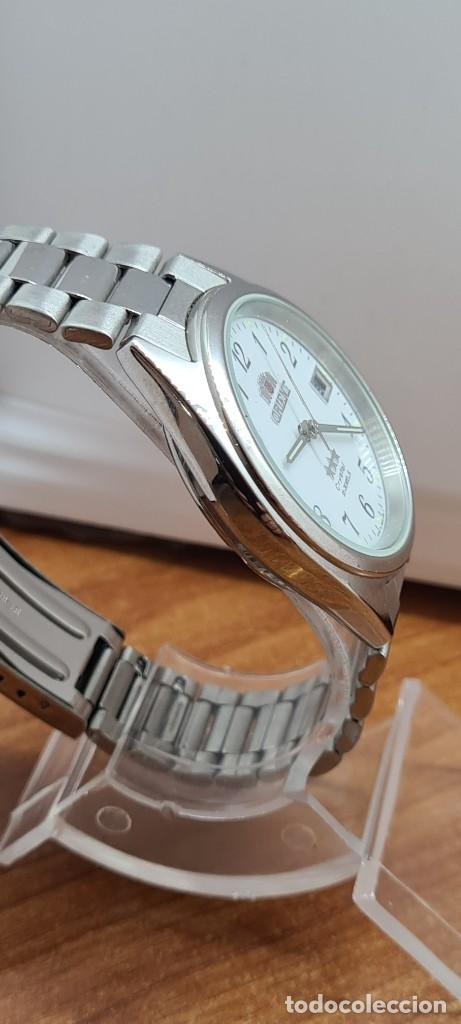 Relojes automáticos: Reloj (Vintage) ORIENT automático de acero, esfera blanca, calendario las tres, correa acero Orient - Foto 12 - 284411993