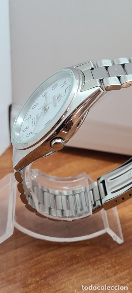 Relojes automáticos: Reloj (Vintage) ORIENT automático de acero, esfera blanca, calendario las tres, correa acero Orient - Foto 15 - 284411993