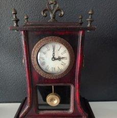 Relojes automáticos: RELOJ DE MANTEL DE ESTILO NEOCLASICO. Lote 285403863