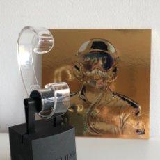 Relojes automáticos: BREITLING EXPOSITOR RELOJ + POSTAL PILOTO 2017. Lote 289586593