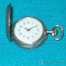Relojes de bolsillo: ANTIGUO RELOJ DE BOLSILLO DE PLATA DE TRES TAPAS (PRECISA REPARACION). Lote 27161510