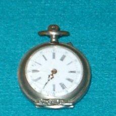 Relojes de bolsillo: ANTIGUO RELOJ DE BOLSILLO DE PLATA PARA RESTAURAR O PIEZAS. Lote 27277589