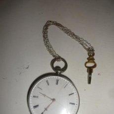 Relojes de bolsillo: RELOJ BOLSILLO A CUERDA ECHAPPEMENT CYLINDRE 4,5 CM¿PLATA? CADENA PLATA CON LLAVE 1900 . Lote 43168515