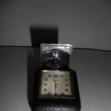 Relojes de bolsillo: JUVENIA - SPORTFAB. SUISSE . ANTIGUO RELOJ DE VIAJE ,FUNCIONANDO . ACERO Y PIEL , BUEN ESTADO .. Lote 47018986