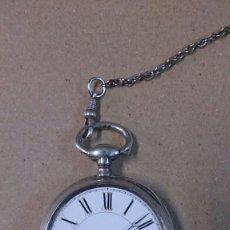 Relojes de bolsillo: RELOJ DE BOLSILLO DE PLATA, CON LLAVE, FUNCIONANDO. Lote 55084137