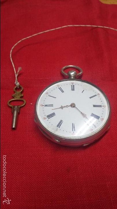 RELOJ DE BOLSILLO DE PLATA . FUNCIONANDO (Relojes - Bolsillo Carga Manual)
