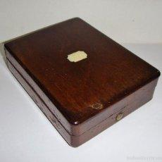 Relojes de bolsillo: CAJA O ESTUCHE PARA RELOJ DE BOLSILLO. S.XIX. MADERA CON INCRUSTACIÓN EN MARFIL. Lote 56232425