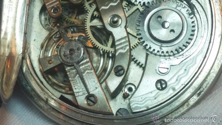 Relojes de bolsillo: Bello conjunto del siglo XIX formado por un reloj de tirete, leontina y su relojera de plata maciza - Foto 81 - 49055502