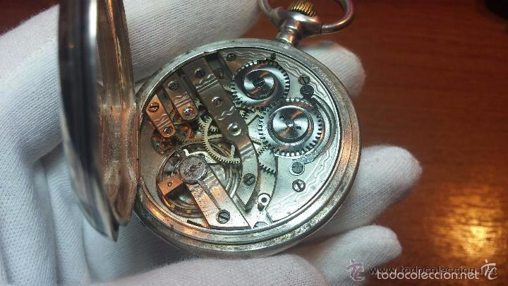 Relojes de bolsillo: Bello conjunto del siglo XIX formado por un reloj de tirete, leontina y su relojera de plata maciza - Foto 84 - 49055502