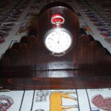 Relojes de bolsillo: RELOJERA PARA RELOJ DE BOLSILLO DE MADERA. Lote 152227932