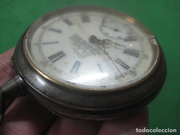 Relojes de bolsillo: TREMENDO FERROVIARIO GOLIATH RELOJ DE BOLSILLO SUIZO, DATA DE 1900, FUNCIONANDO, 66 MM SIN CORONA - Foto 10 - 72252299