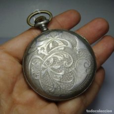 Relojes de bolsillo: RELOJ DE BOLSILLO. CARGA MANUAL. CON SEGUNDERO. PLATA CON CONTRASTES. TAPA TRABAJADA.. Lote 81016928