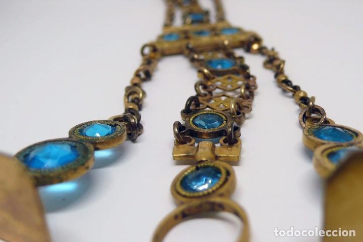 Relojes de bolsillo: Leontina Chatelaine cadena reloj de bolsillo de mujer metal dorado y cristal tallado con llave-S.XIX - Foto 2 - 96232451