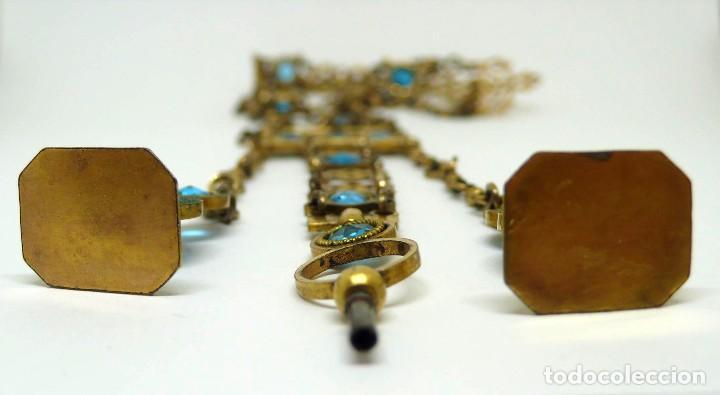 Relojes de bolsillo: Leontina Chatelaine cadena reloj de bolsillo de mujer metal dorado y cristal tallado con llave-S.XIX - Foto 6 - 96232451