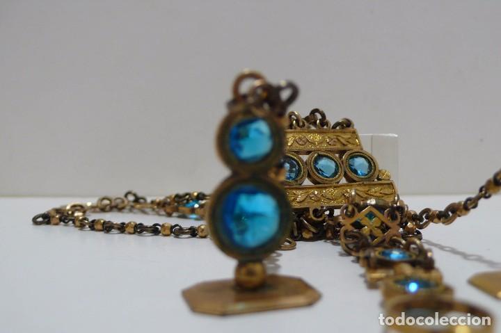 Relojes de bolsillo: Leontina Chatelaine cadena reloj de bolsillo de mujer metal dorado y cristal tallado con llave-S.XIX - Foto 10 - 96232451
