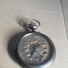 Relojes de bolsillo: RELOJ ANTIGUO DE BOLSILLO GRAN GOLIAT ENORME MIDE 6.5CM FUNCIONA PARA COLECION. Lote 98795167