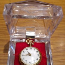 Relojes de bolsillo: RELOJ DE BOLSILLO PARA MUJER EN ORO DE 14 KILATES. A CUERDA. VINTAGE. Lote 106741419