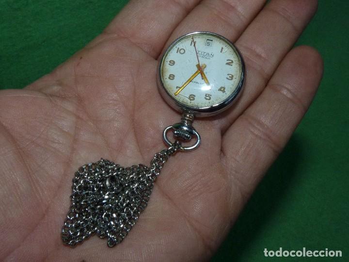 CURIOSO RELOJ ENFERMERA TITAN CALIBRE FHF 96-4 CARGA MANUAL 17 RUBIS FECHA Y CADENA VINTAGE AÑOS 60 (Relojes - Bolsillo Carga Manual)