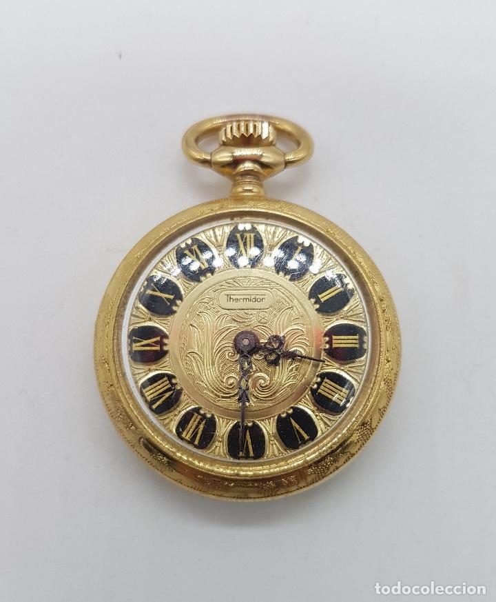 RELOJ COLGANTE SABONETA ANTIGUO THERMIDOR DE CUERDA CHAPADO EN ORO DE LEY CON BELLOS GRABADOS . (Relojes - Bolsillo Carga Manual)