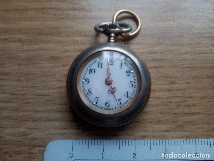Relojes de bolsillo: Reloj esmaltado de tipo monja. No funciona - Foto 2 - 111473859