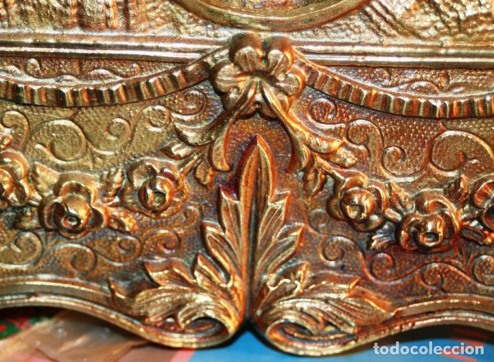 Relojes de bolsillo: RELOJERA SOPORTE PARA RELOJ DE BOLSILLO EN BRONCE FRANCES FINALES SIGLO XIX - Foto 3 - 116252767