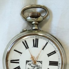 Relojes de bolsillo: ENORME ANTIGUO RELOJ DE BOLSILLO ESFERA CON SUPERMAN SUPER MAN VOLANDO SUJETANDO COCHE DIAMETRO 7 CM. Lote 116568211