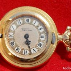 Relojes de bolsillo: ANTIGUO RELOJ DE BOLSILLO PEQUEÑO O DE OJAL MARCA THERMIDOR CARGA MANUAL BAÑO EN ORO 17 RUBIS SUIZA. Lote 81697778