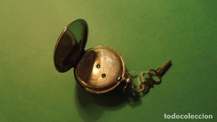 Relojes de bolsillo: ANTIGUO RELOJ DE PLATA , CAJA CINCELADA DE LLAVE , FUNCIONANDO ESFERA DE ESMALTE PERFECTA - Foto 3 - 117045399