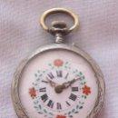 Relojes de bolsillo: RELOJ DE BOLSILLO ANTIGUO ESFERA FLORAL PLATA. Lote 149959742