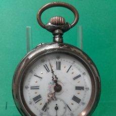Relojes de bolsillo: RELOJ DE BOLSILLO DE ACERO, FUNCIONANDO, MIDE 5 CM, CAJA SALTADO EL PAVONADO. Lote 119219484