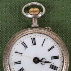 Relojes de bolsillo: RELOJ DE BOLSILLO. COLGANTE. CAJA DE PLATA. SUIZA. SIGLO XX. . Lote 119950891
