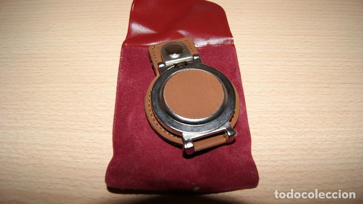 Relojes de bolsillo: Reloj de bolsillo - cinturón Quartz Detalle de Caja de ahorros CCM con funda. Pila gastada. - Foto 4 - 121414675