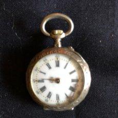 Relojes de bolsillo: ANTIGUO RELOJ DE PLATA LABRADA. Lote 134847334