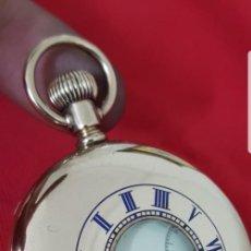 Relojes de bolsillo: RELOJ ANTIGUO DE CAZADOR ELGIN BAÑADO EN ORO CASI A ESTRENAR FUNCIONA CIRCA 1880 1890 MIRA. Lote 139616854