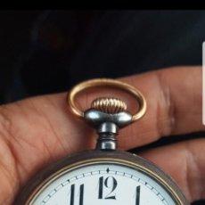 Relojes de bolsillo: RELOJ ANTIGUO DE BOLSILLO MÁQUINA DE ANCORA BUEN TAMAÑO EMPAVONADO FUNCIONA CIRCA 1890 1900. Lote 140503506