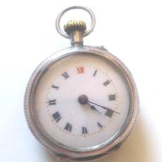 Relojes de bolsillo: RELOJ BOLSILLO AÑOS 20, 3 TAPAS DE PLATA, NO FUNCIONA. MED. 28 MM SIN TIJA. Lote 147134478