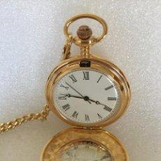 Relojes de bolsillo: RELOJ BOLSILLO, CONMEMORACION DE PESETA1869 MONEDA PLATEADA, DE PILA, CON CADENA DORADA. Lote 147394510