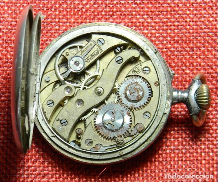 Relojes de bolsillo: Reloj marca Chronos. Tipo Lepine. Caja de plata. Esfera de porcelana. 1910. No funciona. Medalla oro - Foto 8 - 147892478
