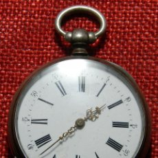 Relojes de bolsillo: ANTIGUO RELOJ. CAJA DE PLATA. ARRANCA. SIN LLAVE. ESFERA PORCELANA. SIGLO XIX - 67 G - 45 MM. Lote 152340733