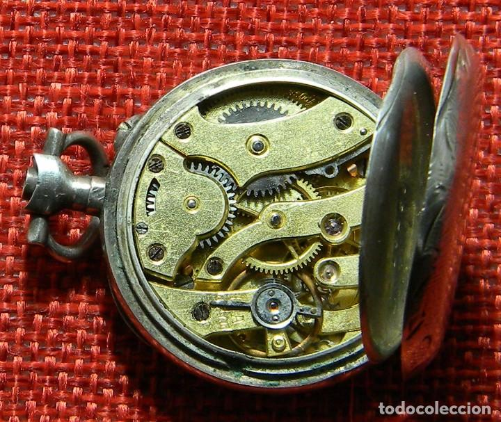 Relojes de bolsillo: ANTIGUO RELOJ DE SRA. Caja de plata. ESFERA PORCELANA. 1910 - 20 G - 30 MM - Foto 8 - 150146310