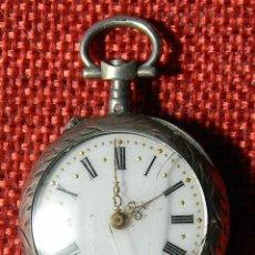 Relojes de bolsillo: ANTIGUO RELOJ DE SRA. CAJA DE PLATA. ESFERA PORCELANA - MARCA PUNZADA - FINALES XIX - 29 MM. Lote 154480598