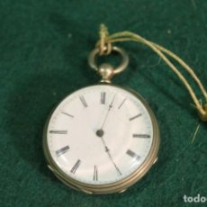 Relojes de bolsillo: RELOJ, BOLSILLO, SIN MARCA, DE PLATA, TIENE LLAVE PARA DAR CUERDA. Lote 166883744