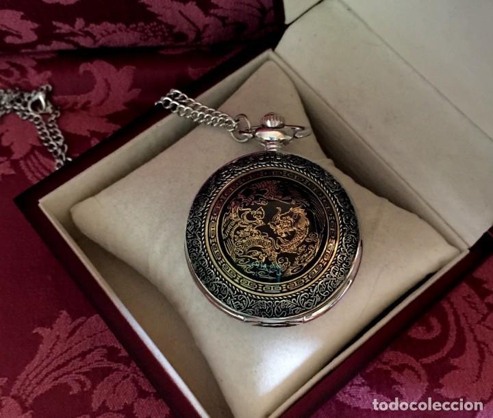 Relojes de bolsillo: RELOJ DE BOLSILLO CON GRABADO DRAGON Y AVE FENIX. - Foto 2 - 260686910