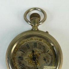 Relojes de bolsillo: RELOJ DE BOLSILLO. CAJA DE METAL DORADA CON MOTIVOS FLORALES. SIGLO XX. . Lote 169415576