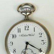 Relojes de bolsillo: RELOJ DE BOLSILLO. CAJA DE METAL NIQUELADO Y TAPA DECORADA. NEUCHATEL WATCH. SIGLO XX. SUIZA. Lote 169876884