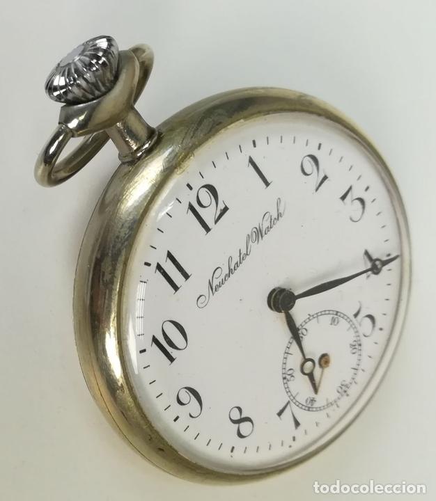 Relojes de bolsillo: RELOJ DE BOLSILLO. CAJA DE METAL NIQUELADO Y TAPA DECORADA. NEUCHATEL WATCH. SIGLO XX. SUIZA - Foto 3 - 169876884